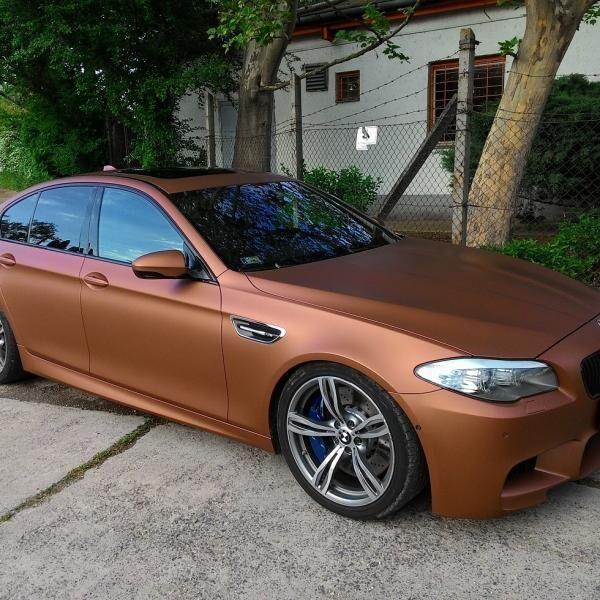 BMW M5 autófóliázás