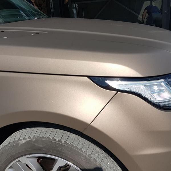 Range Rover bronzba öntve